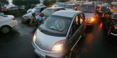 Le groupe Tata, connu pour sa nano, la voiture la moins cher du monde, a perdu près de 10 points de part de marché en cinq ans en Inde.