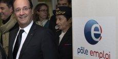 François Hollande France: Hollande se félicite de la tendance à la baisse du chômage
