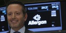 L'industrie pharmaceutique doit s'autoréguler et s'autosurveiller, plutôt que de laisser cela à Washington, juge Brent Saunders, le Pdg d'Allergan.