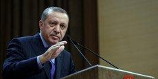 Le président turque Erdogan a affirmé samedi que le rétablissement de la peine de mort, évoqué depuis le putsch manqué, serait soumis au Parlement par le gouvernement.