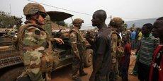 Accueillis comme des sauveurs, les 2.500 hommes de la mission Sangaris n'auront pas réussi à stabiliser le pays faute d'initiative politique et de soutien international.