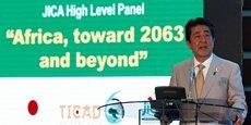 À Nairobi le 28août dernier,lors de la TicadVI (conférence japonaise dédiée au développement de l'Afrique), le Japon s'est engagé à investir 27milliards sur les trois prochaines années. Sur la photo: le Premier ministre Shinzo Abe durant son allocution.