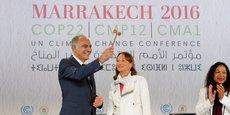 Salaheddine Mezouar, ministre marocain des Affaires étrangères et président de la COP22, ouvrant la conférence, le 7 novembre à Marrakech , en compagnie de Ségolène Royal, ministre française de l'Environnement et présidente de la COP 21.