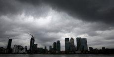La proportion de sociétés ayant dû prendre ce type de décisions est plus élevée parmi les grandes entreprises (42%), dont certaines basées dans le quartier financier de Canary Wharf, à Londres.