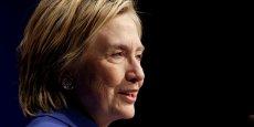 Je suis plus certaine que jamais que l'engagement citoyen est vital pour notre démocratie. Je suis tellement inspirée par toutes ces personnes qui luttent pour organiser et diriger [l'Amérique], explique Hillary Clinton sur Twitter.