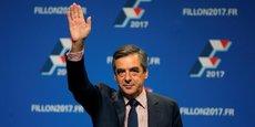Les Républicains ne sont pas les premiers à avoir organisé un tel scrutin. Dans le paysage politique français, les primaires citoyennes du PS et du PRG en 2011 avait désigné François Hollande comme candidat à la présidentielle.