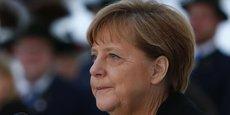 Si Angela Merkel continue de rassurer beaucoup d'Européens, elle en inquiète aussi de plus en plus. Outre-Rhin, une partie de la presse lui reproche d'être devenue carrément anxiogène, d'avoir semé la graine de la peur dans la population en laissant grossir le flot des réfugiés.