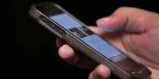 L'économie du partage passe souvent par l'utilisation du smartphone, excluant certaines catégories de la population.