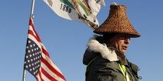 Depuis avril dernier, des tribus amérindiennes et des écologistes s'opposaient au projet du pipeline de la société d'Energy Transfer Partners en campant à Oceti Sakowin, le long du Missouri.
