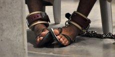 La CRI a noté que si les deux tiers des personnes interrogées désapprouvent la torture en 1999, la part des sondés favorables à l'usage de cette pratique pour obtenir des renseignements a beaucoup augmenté depuis 1999.