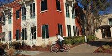 La hausse des prix des loyers dans la Silicon Valley est aussi un obstacle au recrutement, d'après le réseau social Facebook.