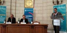 De g. à d.: Yvon Pellet, conseiller de Montpellier Métropole en charge de la viticulture, André Deljarry et Olivier Durand.