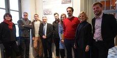 Réunis à la Cartoucherie, les premiers lauréats entourés de Patrick Labaune, président du Conseil départemental de la Drôme, Marlène Mourier, maire de Bourg-lès-Valence et Aurélien Esprit, conseiller départemental.
