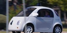 Comment répartir la responsabilité en cas d'accident avec une voiture autonome ? Faut-il sanctionner le consommateur qui s'était orienté vers l'acquisition d'une voiture automatisée, ou qui s'était mis en mode de conduite autonome avant que ne se produise l'accident ? Faut-il blâmer la défaillance du constructeur automobile qui n'a pas pu prévoir les algorithmes de conduite susceptibles de l'éviter ?