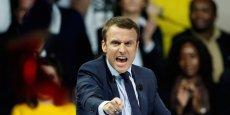 Emmanuel Macron demeure la personnalité politique préférée des Français. Il séduit dans tous les camps mais surtout chez les sympathisants centristes.