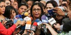 La ministre vénézuélienne des Affaires étrangères Delcy Rodriguez a affirmé être entrée par la fenêtre à une réunion extraordinaire à Buenos Aires.