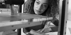 Nora Toure est directrice du développement de Sculpteo et fondatrice du blog Women in 3D printing.