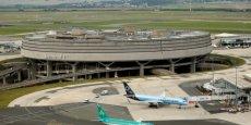 Un système aéroportuaire n'est pas une entreprise comme les autres. Il a un rôle fondamental dans l'aménagement du territoire et sa politique de développement doit s'insérer dans le cadre régional et national.