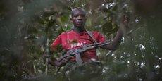 Un combattant rebelle traqué par les armées congolaise et rwandaise (2009)