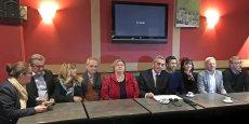 Philippe Saurel, entouré des huits conseillers départementaux du groupe Hérault Citoyens