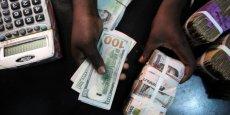 Les services nigérians du fisc s'intéressent surtout aux entreprises dont les comptes bancaires cumulent des sommes allant de 100 et 999 millions de nairas, soit 276 000 mille à 2,7 millions de dollars.