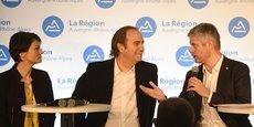 Juliette Jarry (vice-présidente à la région), Xavier Niel (Free-Iliade) et Laurent Wauquiez, président du conseil régional, lors du Digital Summit.