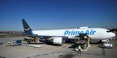 Le géant de l'e-commerce Amazon déploie son service aérien Prime Air afin de livrer ses clients américains en 24 ou 48 heures.