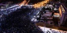 La place Victoria à Bucarest était remplie de manifestants le 29 janvier dernier.