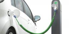 Cinq départements de la région vont bénéficier de l'installation de 1.240 points de recharge électrique.