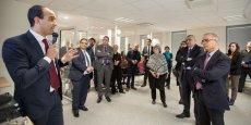 Mohammed Boumediane (Ziwit) accueille l'ambassadeur du Maroc dans ses locaux, en présence de divers responsables politiques et économiques