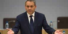 Maintenant, je dis, I want my money back !, a déclaré Xavier Bertrand (LR), président de la Région Hauts-de-France à l'attention du groupe Huntsman.