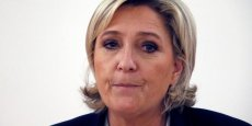 Marine Le Pen entend sanctuariser les dépenses militaires en inscrivant le seuil minimum de 2 % du PIB consacrés à la défense nationale dans la Constitution