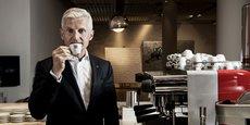 Dans le monde, 25 millions de familles participent à la production de café, pour un marché annuel de 15 milliards de dollars.