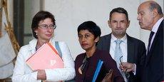 De retour de Guyane, la ministre des Outre-mer Ericka Bareigts (au centre) particpera à la réunion.