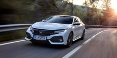 Côté prix, la Civic se place au prix de 22.900 euros. Un niveau assez élevé mais qui se justifie compte tenu du niveau d'équipements de série.