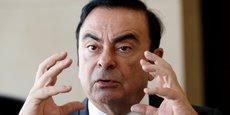 Carlos Ghosn voit son salaire baisser de 2,6% cette année, mais il perd également son salaire de 8 millions d'euros chez Nissan.