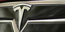 Tesla vaut désormais autant, voire plus que General Motors alors que celui-ci vend chaque année 10 millions de voitures, contre 76.000 pour Tesla.