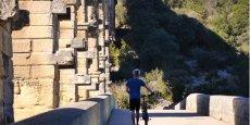 La TPE exploite la potentiel touristique du Pont du Gard pour proposer une large gamme de cycles et VTT