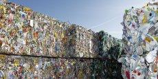 La Chine veut interdire l'entrée sur son territoire à certains déchets plastiques, papiers et textiles