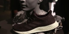 Adidas espère vendre plus de 100.000 exemplaires de ces chaussures à la fin 2018.