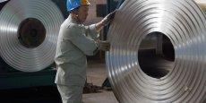La production industrielle a augmenté de 7,6% le mois dernier et la production d'acier a atteint un niveau sans précédent, selon des calculs de Reuters, signe d'une reprise industrielle globale qui soutient les prix du minerai de fer et du charbon à coke.