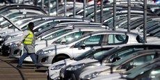 Les volumes ont atteint un niveau exceptionnellement élevé : près de 1,9 million de voitures ont été vendues en Europe le mois dernier, contre un peu plus de 1,7 million l'an passé.