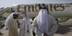En mars, les autorités américaines ont interdit d'emporter ordinateurs portables et tablettes en cabine sur les avions assurant les vols de neuf compagnies aériennes en provenance de dix aéroports internationaux de pays arabes et de Turquie.