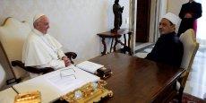 LE PAPE SE REND EN EGYPTE POUR RENOUER LE DIALOGUE AVEC L'ISLAM