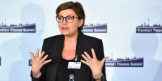 La Française Sylvie Matherat, directrice de la conformité de la banque allemande, s'est exprimée ce mercredi au sommet sur la finance à Francfort sur les conséquences du Brexit.
