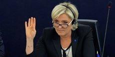 Pour convaincre les partenaires européens, Marine Le Pen compte s'appuyer sur un référendum.