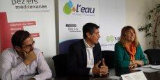 B. Auriol (vice-président de l'Agglo), F. Lacas (président de l'Agglo) et J. Arnal (Suez), dévoilent L'Eau de Béziers Méditerranée et son nouveau logo