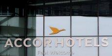 Cet investissement vient s'ajouter aux multiples acquisitions réalisées par AccorHotels pour mieux résister à la concurrence des plates-formes de location entre particuliers, AirBnb en tête, et des grandes centrales de réservation en ligne comme Booking.com.