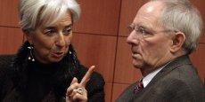 Christine Lagarde, actuelle directrice générale du Fonds monétaire international, et Wolfgang Schäuble, ministre fédéral des Finances allemand. Le FMI n'aura finalement joué d'autre rôle que rappeler aux Européens le prix à payer pour forcer la transformation d'un Etat grec structurellement faible.