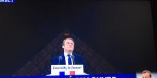 Emmanuel Macron, lors de son discours, sur l'Esplanade du Louvre.